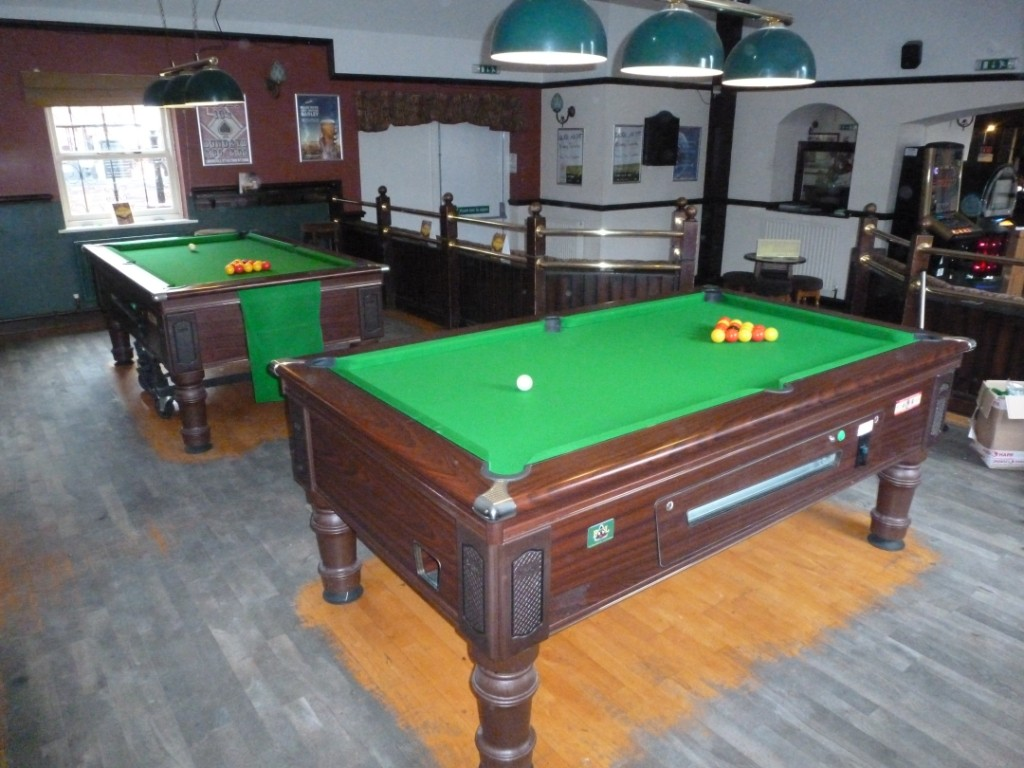 GCL BILLIARDS For Pool Table Recovering In The Nottingham Derby - Billiard table recovering