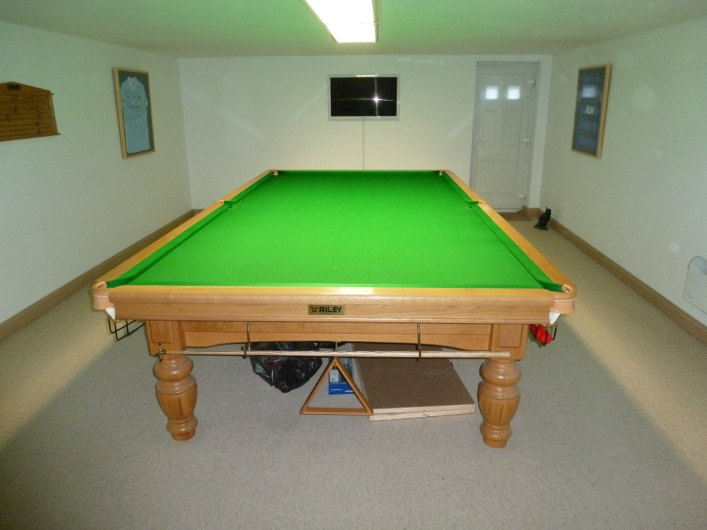 Wanted Oak Ft Ft Or Ft Full Sized Snooker Table THIS - How big is a full size pool table
