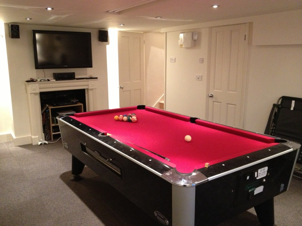 Now sold 7ft sam bison american pool table for sale free for Pool table house