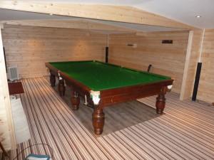 Barton table in Log Cabin