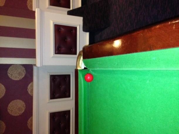 coventry table b&Watts ball