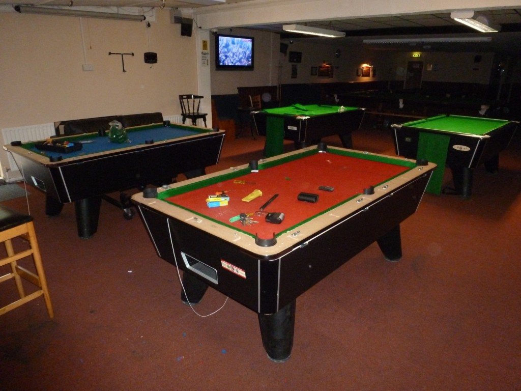 Two Large Jobs Coming In For The Next Month Snooker And Pool - First pool table