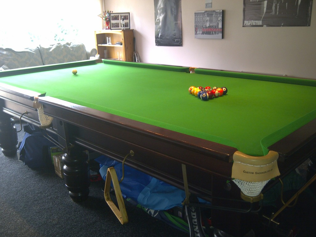 Urgent sale required for 10ft snooker table look at link for 10ft x 5ft snooker table