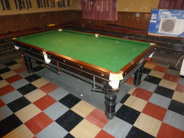 institute old 8ft table b&watts