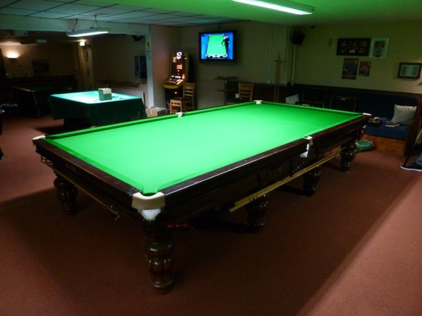 Stapleford cue club no 1 table ready DT
