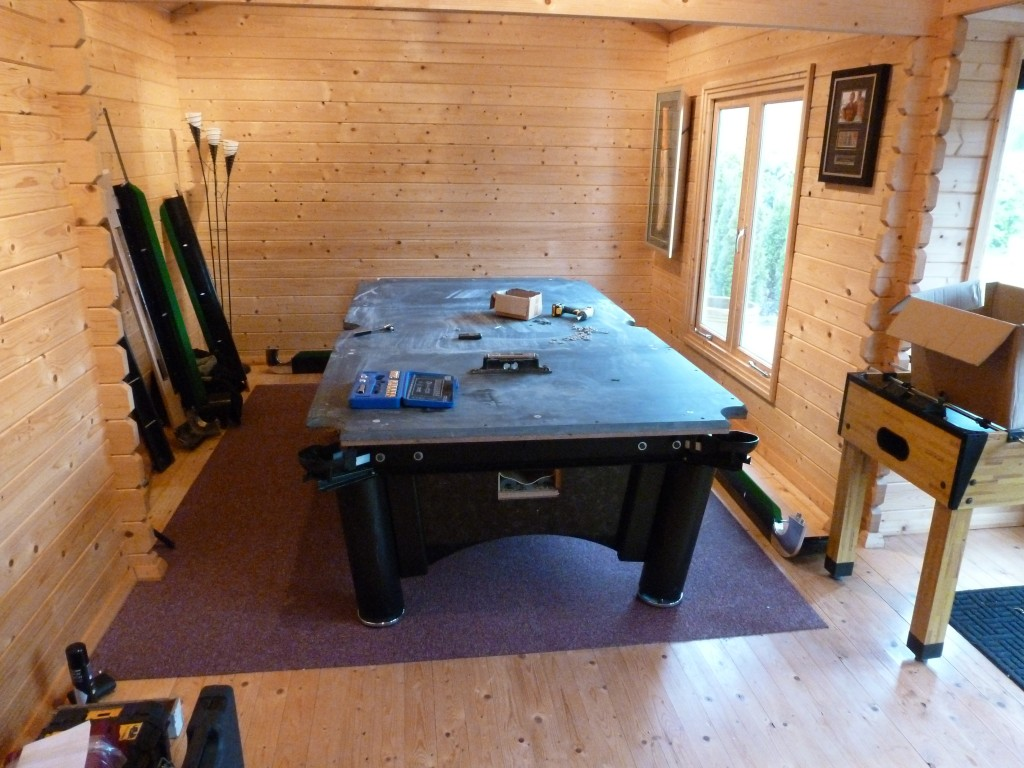 Setting Up A Pool Table Sam K Steel American Pool Table Set Up With Recover In Log Cabin