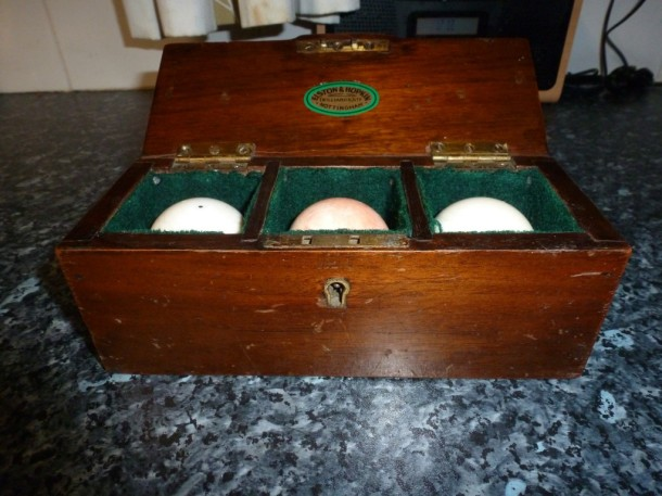Ivory billiard box set E&H