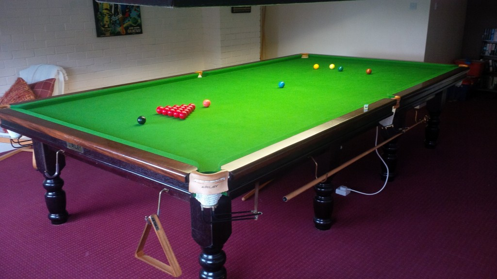 Riley Turned Leg Modern Snooker Table For Sale Snapped