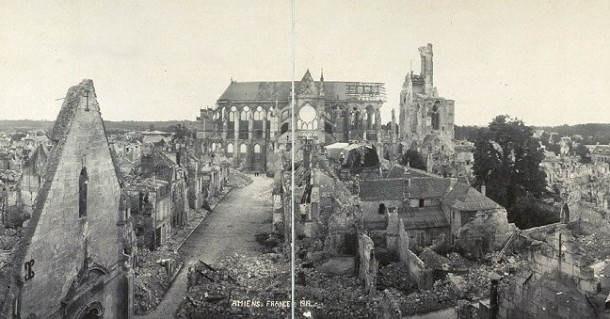 Amiens bombing during war
