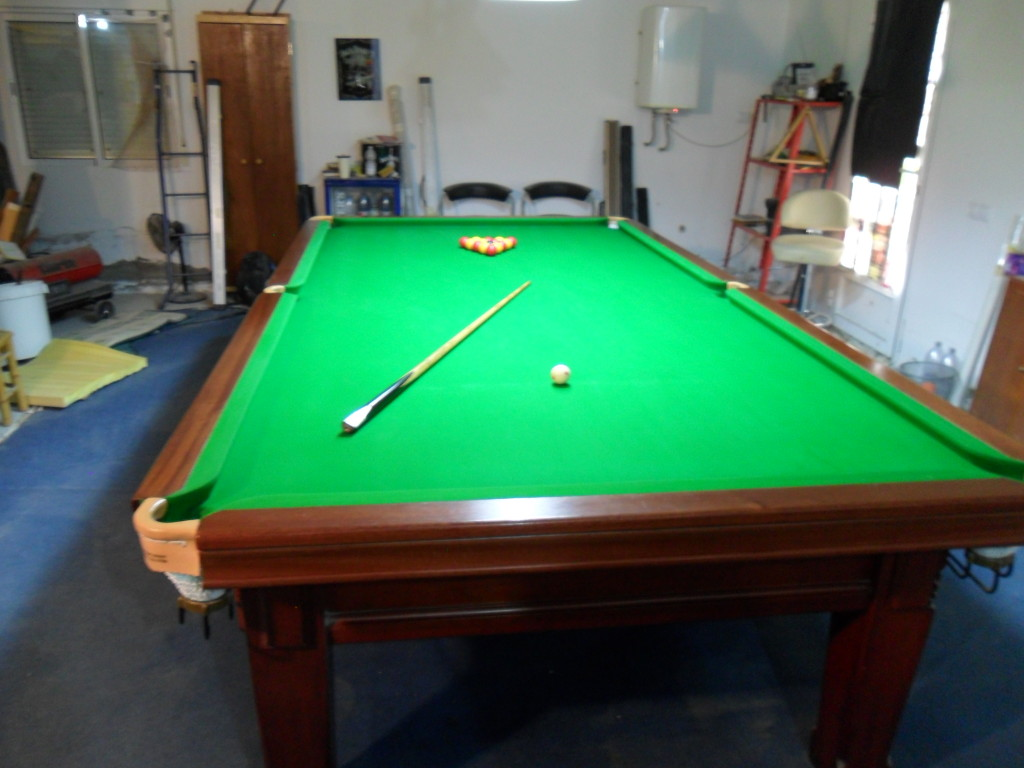 Very rare to find 10ft 8 leg snooker table for sale in for 10 foot pool table