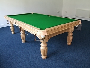 9ft soveriegn snooker tbale TITAN