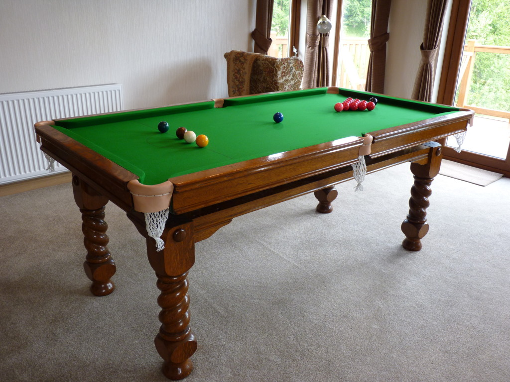 Riley billiard snooker diner a pleasure to work on this rare barley twist - Taille table snooker ...