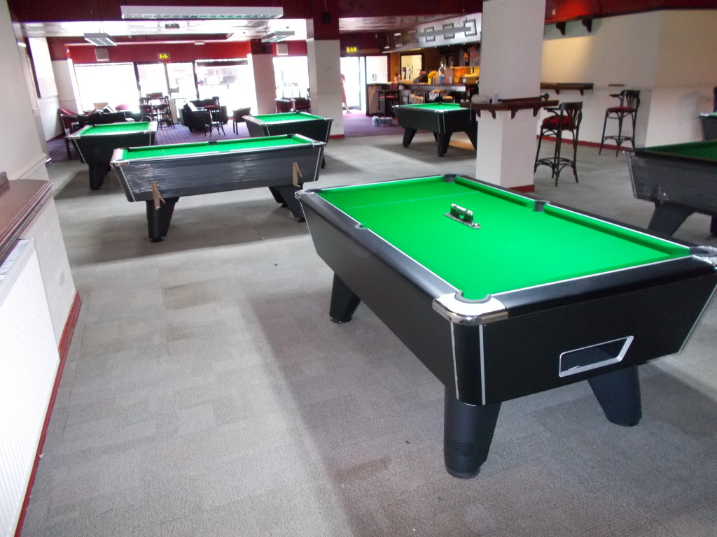 Local Snooker Pool Sports Bar Club Opening In Long Eaton - How long is a pool table
