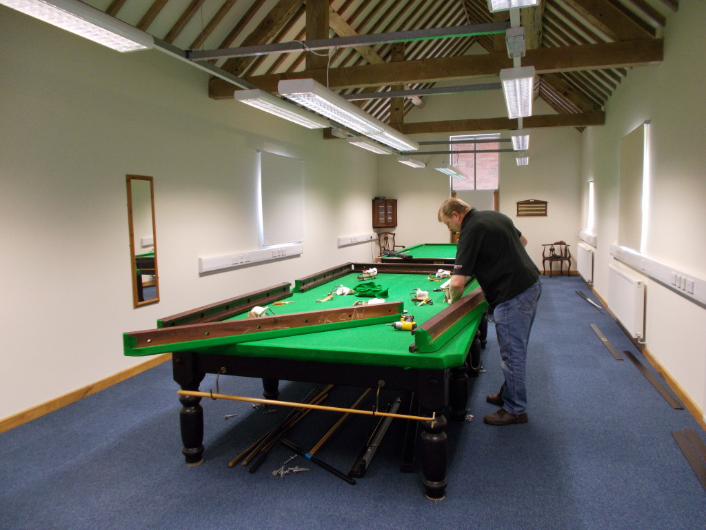 Snooker Table Dismantle And Transport Relocation Use GCL Billiards - How do you take apart a pool table