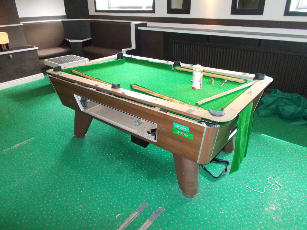 Recover Pool Table At Roller World In Derby And Also Work Fitting - Pool table disassembly