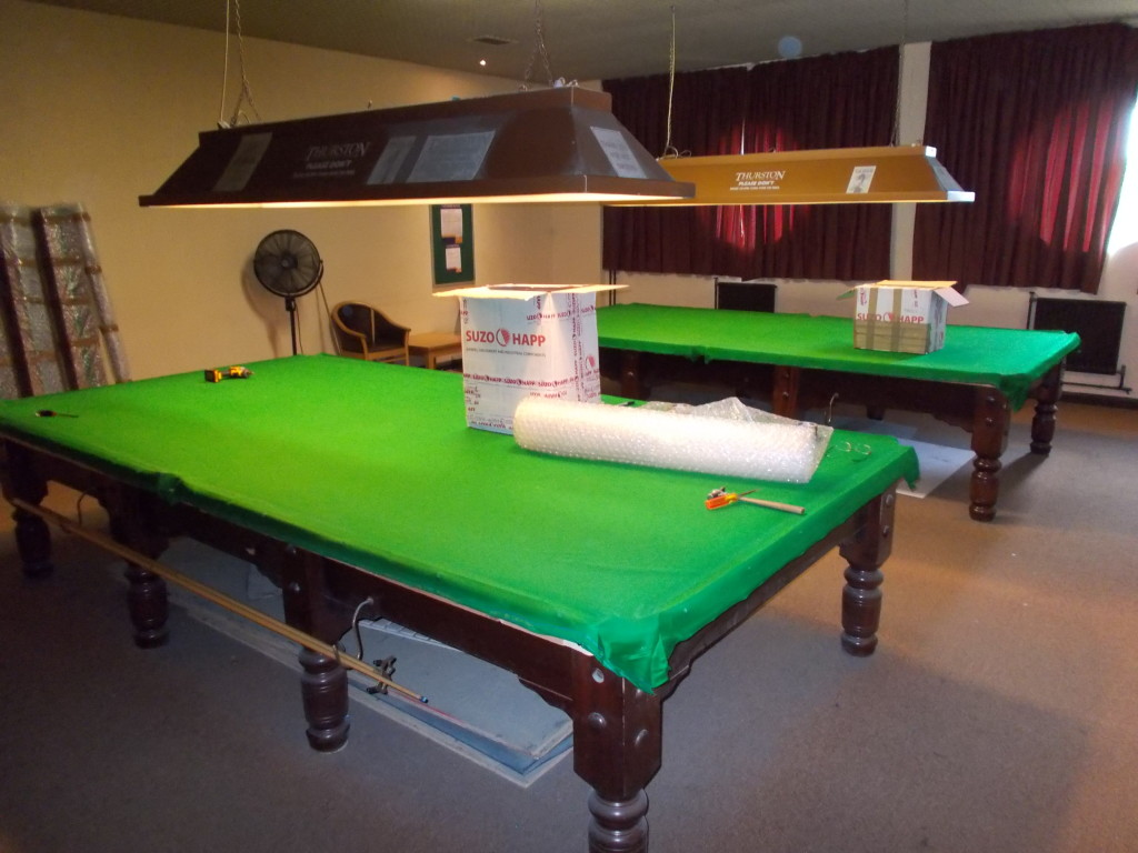 Two Full Size Tables Dismantled And Into Storage Bubble Wrapped In - Under pool table storage