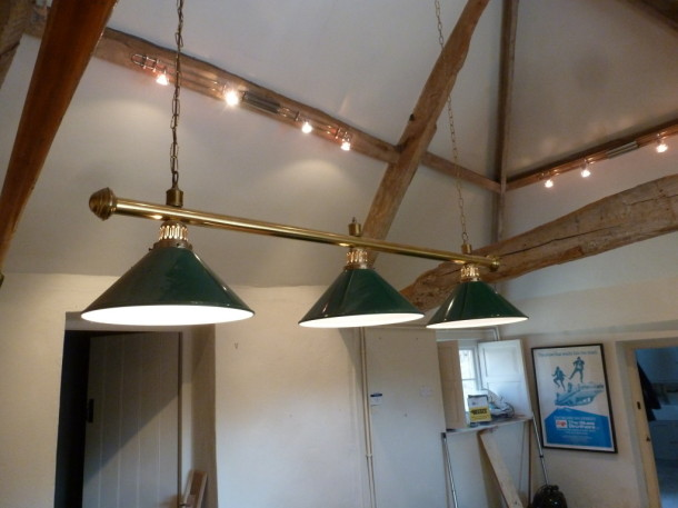9ft warickshire shade three lamp type