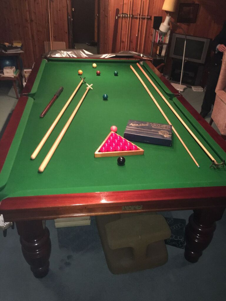 Free Thurston table surrey 9ft & NOW RESERVED / 9ft Thurston snooker table for disposal and ...