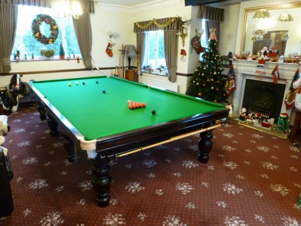 christmas snooker table re-cover