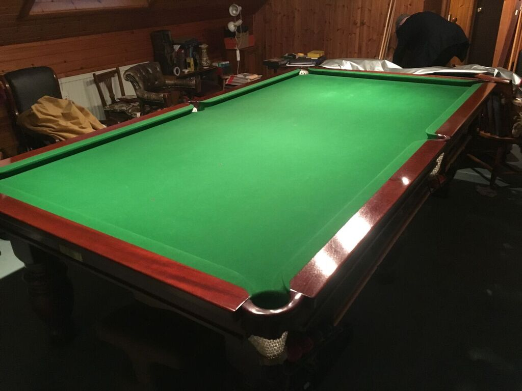 NOW RESERVED Ft Thurston Snooker Table For Disposal And - How to take apart a pool table