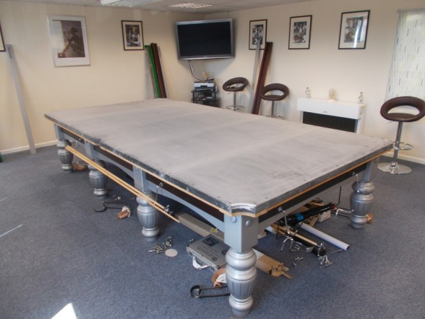 Derby riley table level with cloth off