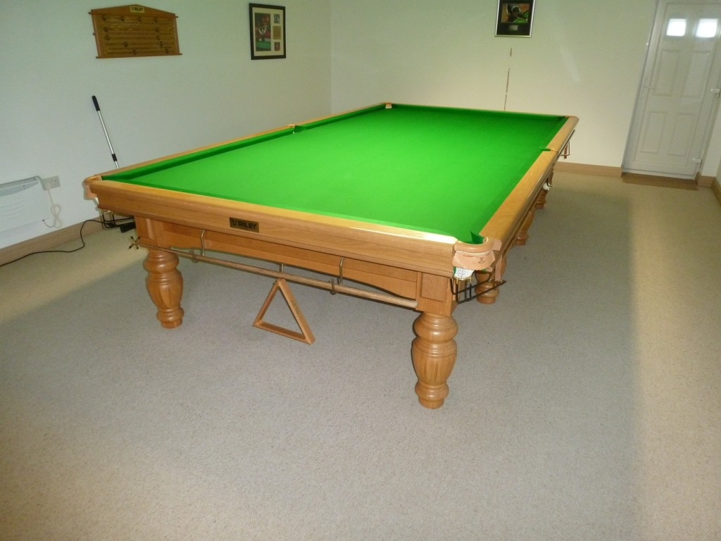Snooker Room Flooded In Gotham Nottingham Full Size Snooker Table - Pool table cloth replacement price