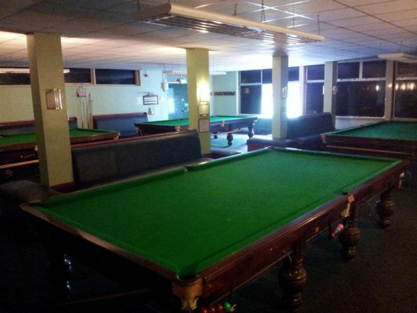 plessy club snooker room