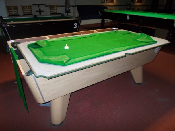 stabbo cloth glued pool