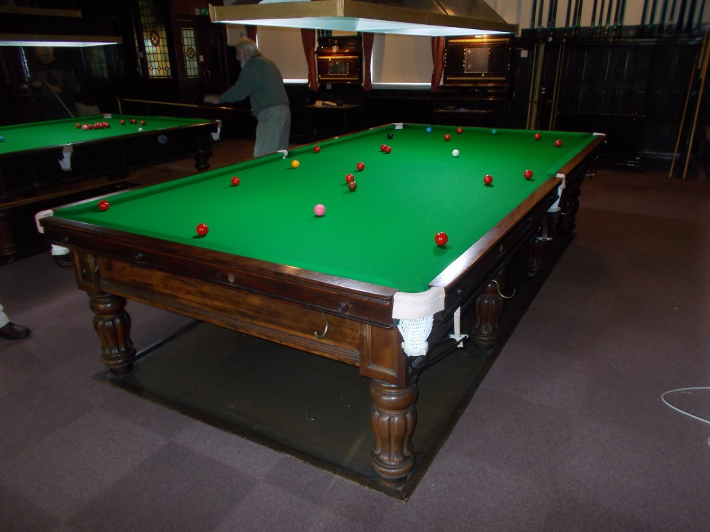 Re rubber and re cover full size snooker table in burton for 10 pool table
