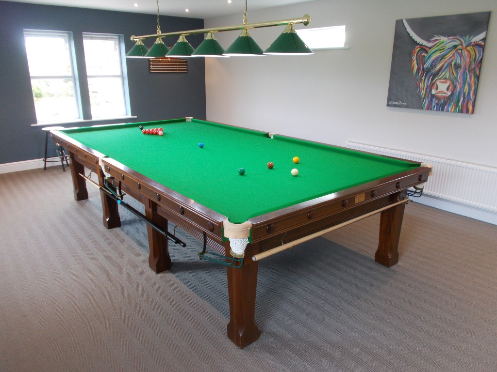 Transport Full Size Snooker Table Pick Up In High Wycombe To - Pool table pick up