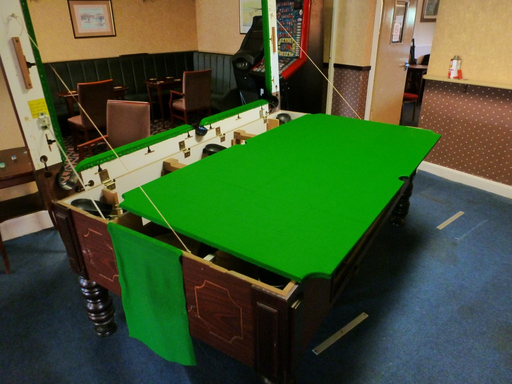 How Much Does A Pool Table Cost Idées Inspirées Pour La Maison - How much does it cost to felt a pool table