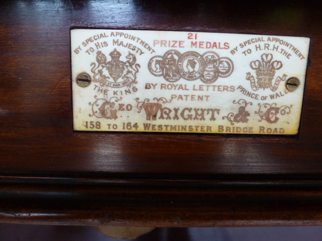 George wright name plate ivory   GCL Billiards
